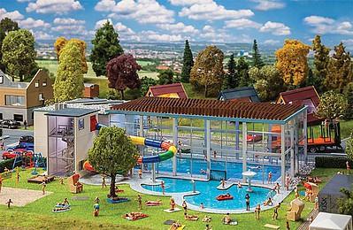 Busch 1025 Indoor Swimming Pool NEW